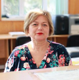 Ана Костадинова