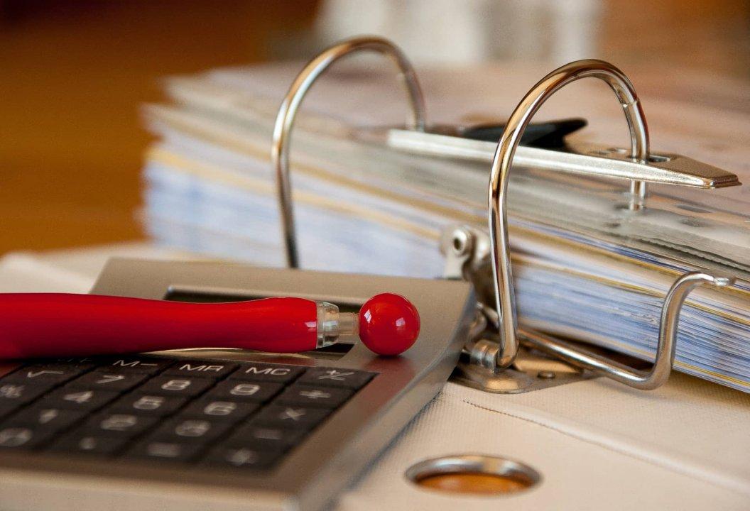 """Дискусия на тема """"Счетоводството и одита в България-пет години след последните промени"""""""