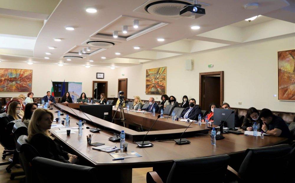 """Национална конференция """"Медиацията в различните обществени сфери"""" в ИУ – Варна"""