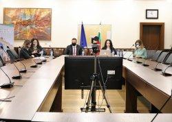 """Кръгла маса """"Медиацията в различните обществени сфери"""" в ИУ – Варна"""