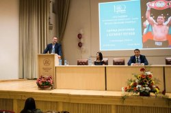 Kubrat Pulev gave a talk at an event marking the 100-year anniversary of the University of Economics – Varna