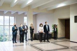 ИДЕС дари ценно фототипно издание за библиотеката на Икономически университет – Варна