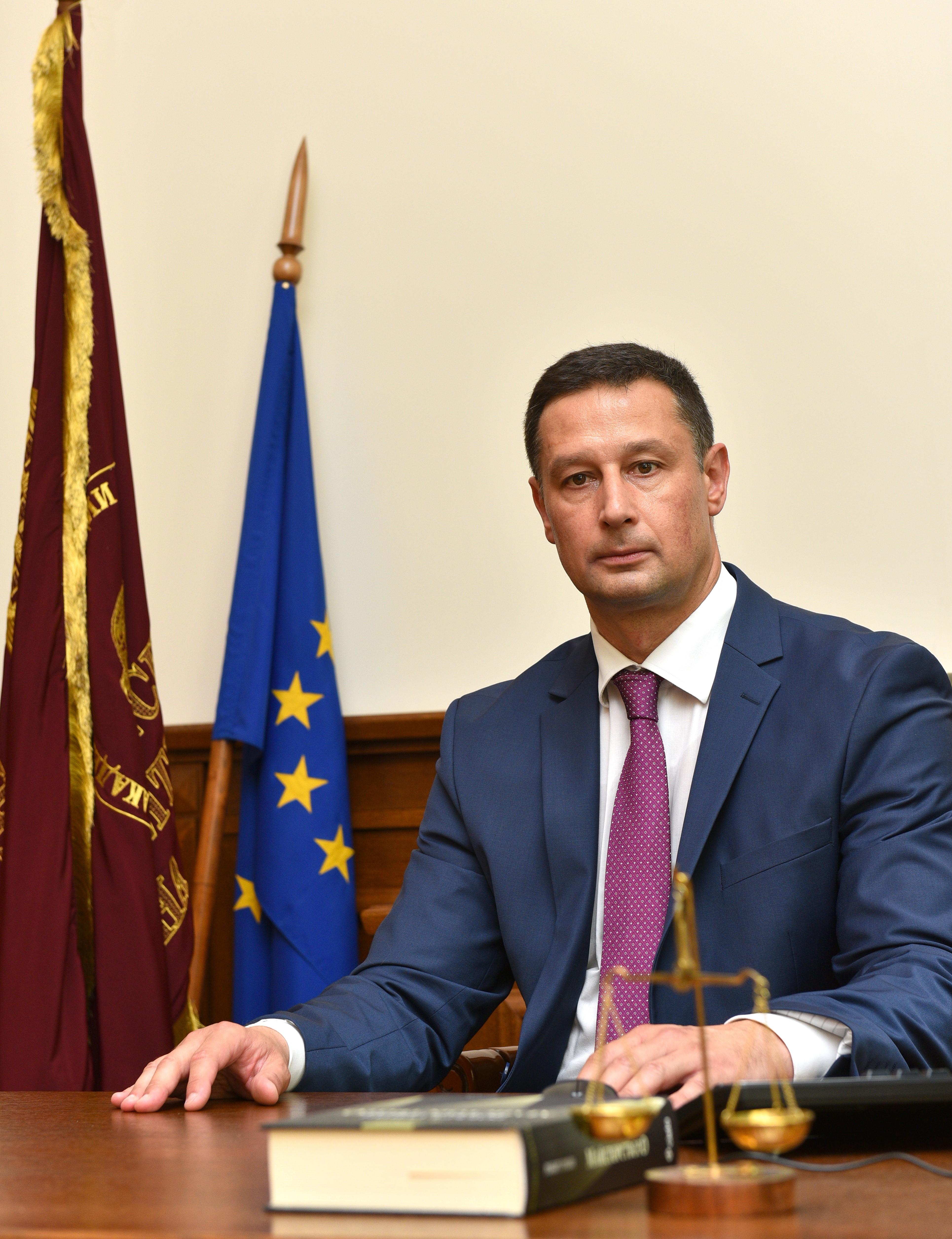 проф. д-р Евгени Станимиров
